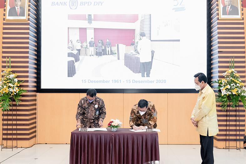 Penandatanganan MoU antara PT JMM dan BPD DIY