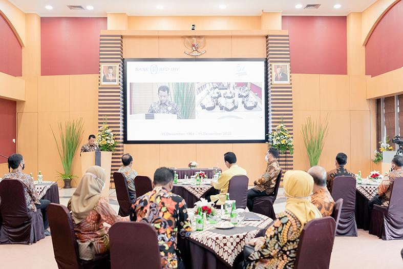 Sambutan dari Direktur Utama BPD DIY,Bapak Santoso Rohmad
